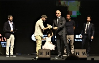 58. Antalya Altın Portakal ödülleri sahiplerini...