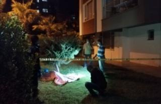 Apartman bahçesinde 19 yaşındaki gencin cesedi...