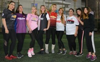 Alanyalı kadınlardan futbol resitali