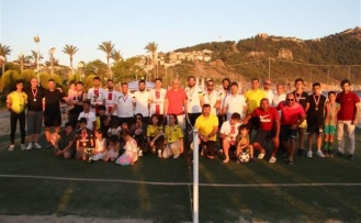 Türkiye'nin ilk ayak tenisi şampiyonası Alanya'da yapıldı