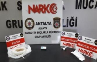 Gaziantep'ten gelen uyuşturucu Alanya'da polise takıldı