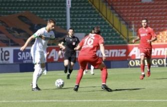 Süper Lig: Aytemiz Alanyaspor: 2 - Gaziantep FK: 2 (İlk yarı)