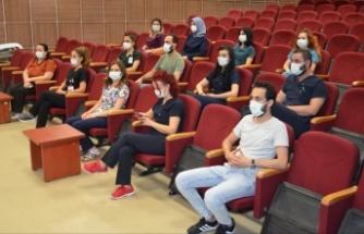 ALKÜ'de yoğun bakım hemşirelerine online eğitim