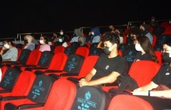 Alanya'da üniversite adaylarına sınav kaygısı ve motivasyon semineri