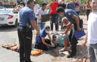 İzindeki polis memuru otomobil ile çarpıştığı kazada yaralandı