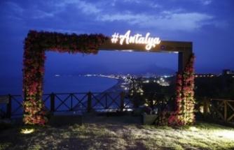 Varyant'a Beydağları, Akdeniz ve Konyaaltı'nı kapsayan fotoğraf çerçevesi