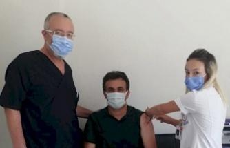 Alanya'da Müdür Yılmaz'dan aşı çağrısı