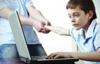 Yaz döneminde çocukların ekran kullanım süresine dikkat