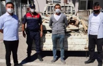 50 bin TL değerinde sera demirini çalan 3 Suriyeli yakalandı