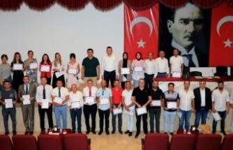 Alanya'da başarılı idareci ve öğretmenlere belge