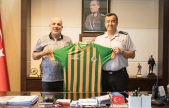 Başkan Çavuşoğlu'ndan Özfidan'a hayırlı olsun ziyareti