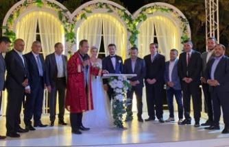 Alanya'da Cumhur İttifakı'nı buluşturan düğün