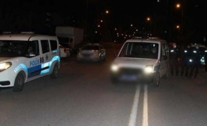 Alanya'da 'Dur' ihtarına uymayıp polise çarptı