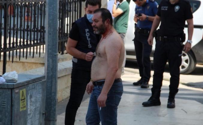 Tartıştığı adamı kulağından vuran transseksüel şahıs kendini eve kilitledi