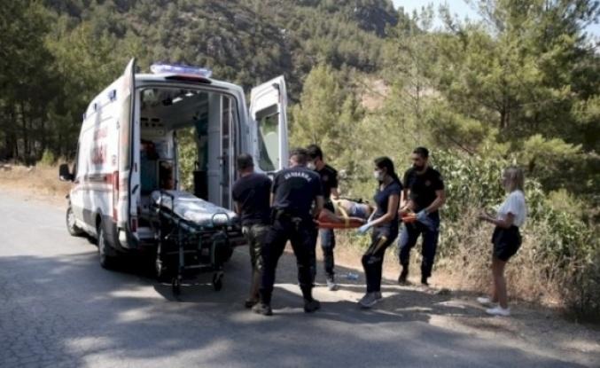 Alanya'da otomobil şarampole uçtu, 4 Rus turist yaralandı