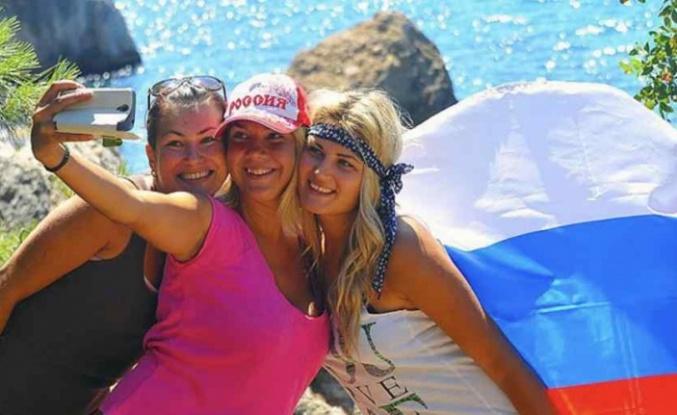 Rus turistler 'korona tatilinde' Türkiye'ye akın edecek