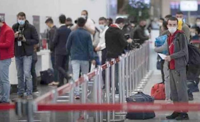 Türkiye'ye rezervasyon yapan Rus turistlerin önündeki iki seçenek
