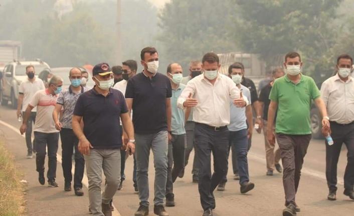 Alanya'daki 3 ayrı yangından biri kontrol altında: 100 ev kül oldu