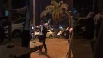 Alanyaspor'un galibiyetini sokak ortasında oynayarak kutladılar